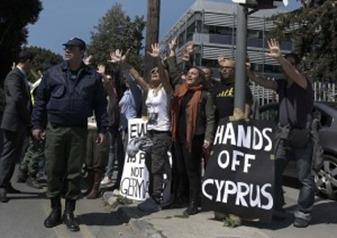 proteste-a-Cipro-300x209