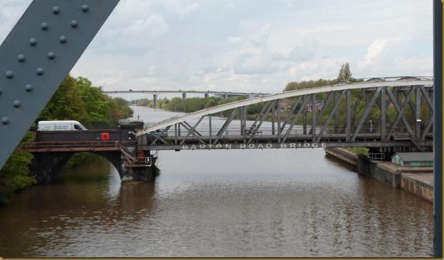 SAM_5488 Barton Aqueduct