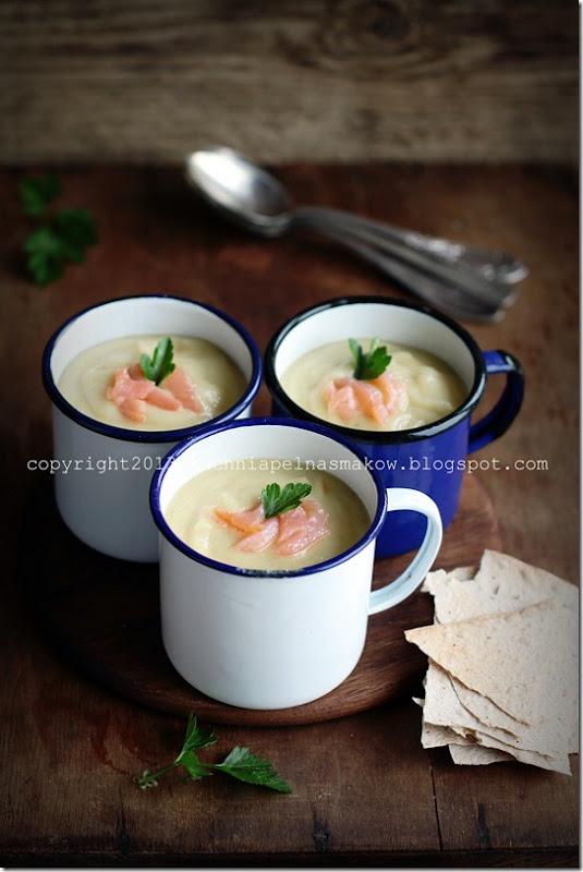 Zupa pasternakowo-pietruszkowa z jabłkiem i... łososiem (5)
