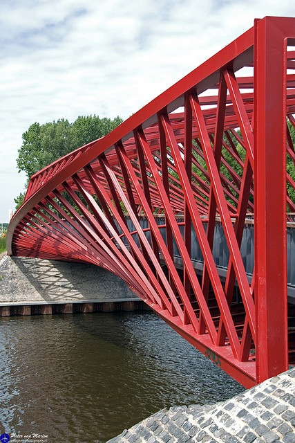 twist-bridge-8