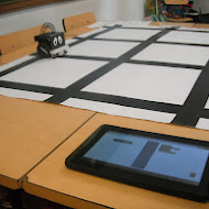programming_infante_robot_with_tablet_3.JPG