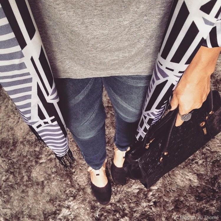 look quimino, camiseta e jeans (2)