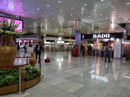 31. Aeroport Teheran.JPG