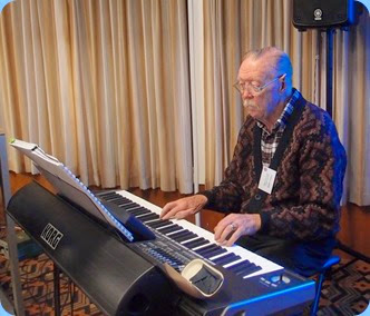 Colin Crann played the arrival music on his lovely new Korg Pa3X. Photo courtesy of Dennis Lyons.