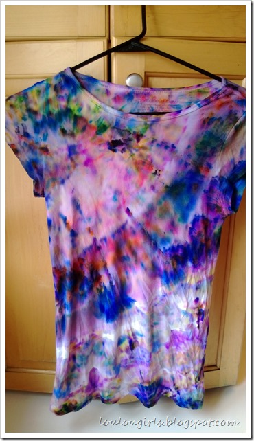 how-to-tie-dye-tshirts-with-sharpies