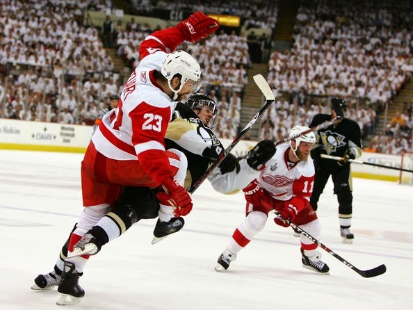 Detroit Red Wings v Pittsburgh Penguins Game 1Jl3QkvmFFbl