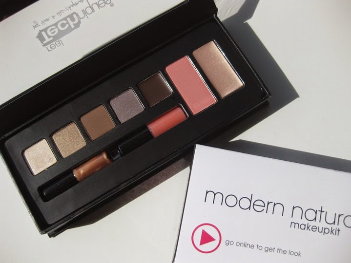 Real-Techniques-Modern-Natural-makeup-palette (2)