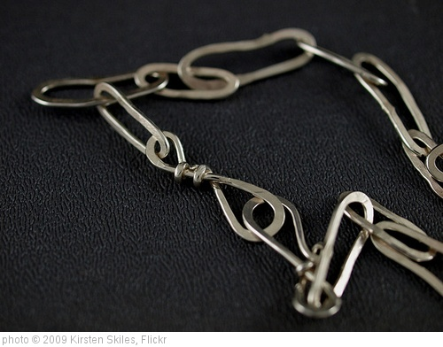 'forged link chain (5)' photo (c) 2009, Kirsten Skiles - license: http://creativecommons.org/licenses/by-nd/2.0/