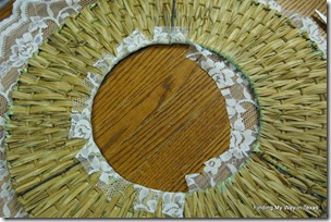 lace, mint, wicker wreath 009-001