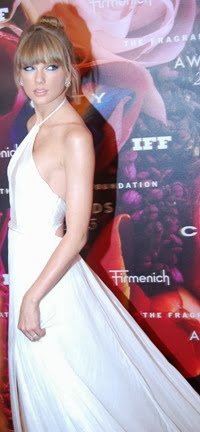 ffo023com-fragrance-foundation-awards-2013-taylor-swift18