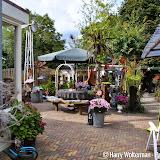Groots tuinfeest bij Henk en Gepke Broekema - Foto's Harry Wolterman