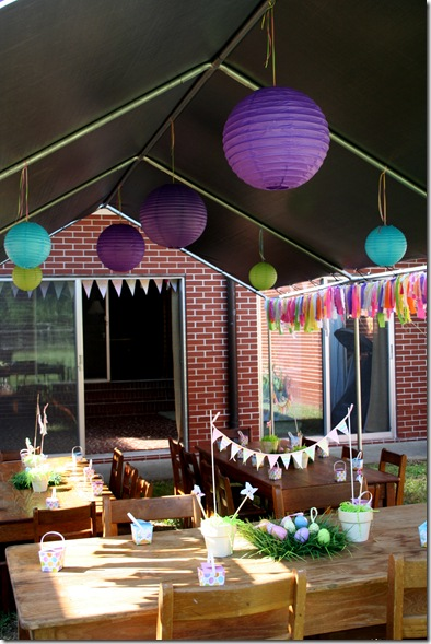 Egg Hunt Party Table