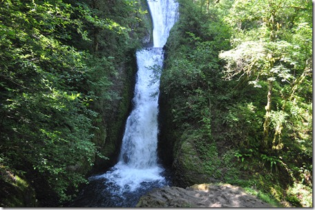 Touring the Gorge (waterfalls), Or 108