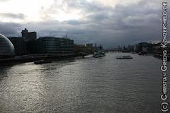 Blick von der Tower Bridge Richtung London Bridge