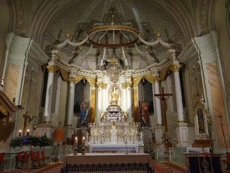 Interior catedrala Sumuleu Ciuc
