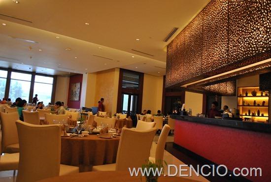 Phoenix Court Bellevue Manila 07