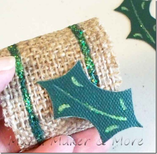 holly-napkin-ring-10