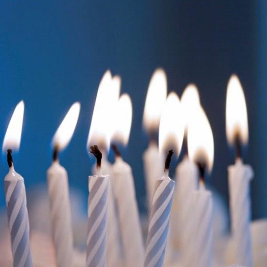 ¡Feliz cumpleaños, Estantería Azul!