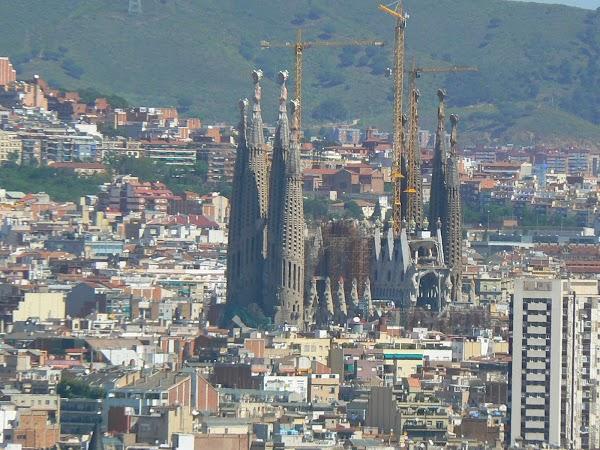 3. Sagrada Familia.JPG