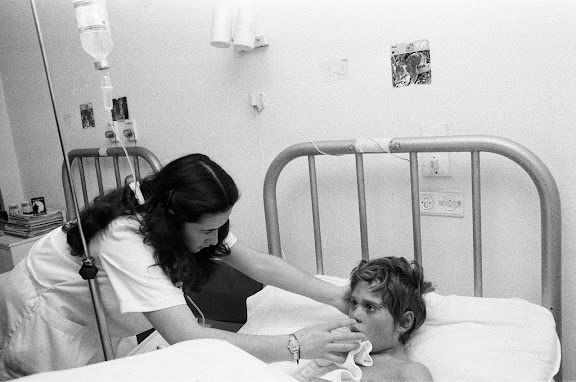 Jean-François sur son lit d'hôpital à Oviedo