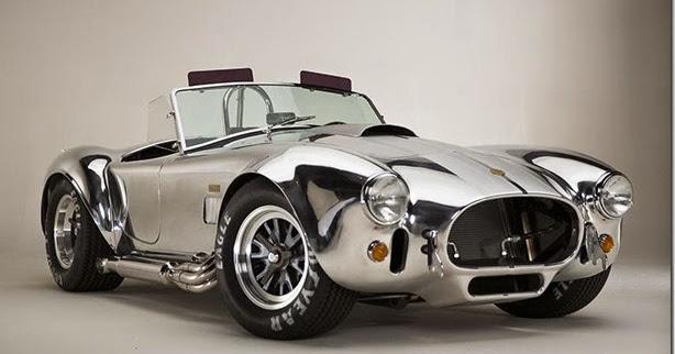 Shelby Cobra ganha série limitada para comemorar seus 50 anos