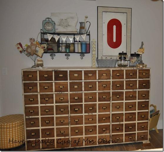 cuttin back & cabinet 011
