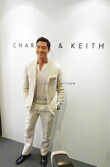CHARLES & KEITH DANIEL HENNEY Korean Actor Kpop celebrities SNSD GIRLS GENERATION K-POP Seohyun Hyoyeon Yuri Soshi Hollywood actor Necklace Accessories Belt Shoes HALLYU WAVE LIU WEN