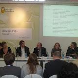 Во время дискуссии на Немецкой волне, обсуждался вопрос стоит ли байкотировать проведение Евро 2012 в Украине.
