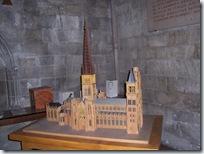 2011.07.08-015 maquette de la cathédrale