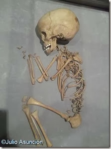 Enterramiento infantil del monte Bolón - Museo arqueológico de Elda