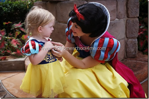 Character Interaction with Snow White at Epcot Disney World - disney vacations
