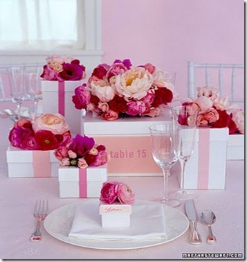 Martha-Stewart-Weddings-flower-boxes