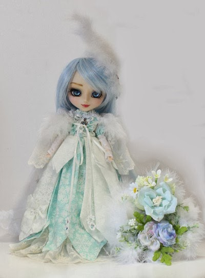 Snow Queen White Feather Custom Pullip Alice's mate worker 雅 01