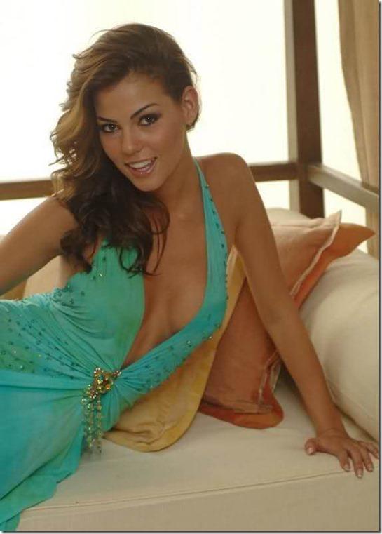 hot-mexican-models-24