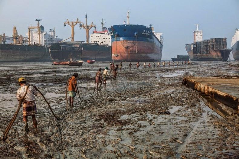 chittagong-ship-breaking-yard-1
