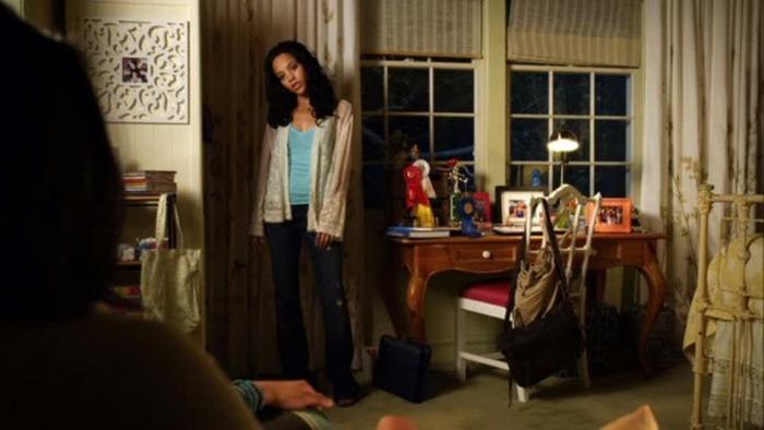 Emilys-bedroom-window-611x343
