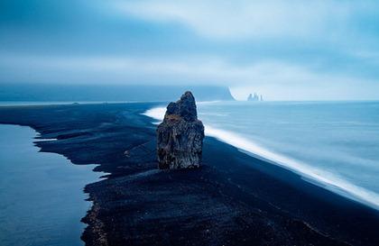 Iceland - Vik: Distant Fingers