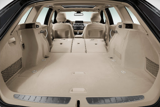 2013-BMW-3-Series-23.jpg