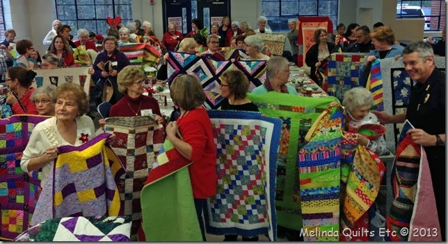 1213 Police receiving quilts