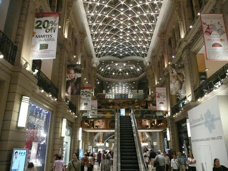 Shopping Argentina: Galerias Pacifico-Mall in Buenos Aires