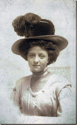 GOULD_Marie nee Lindsay_headshot_1912_enhanced-1_