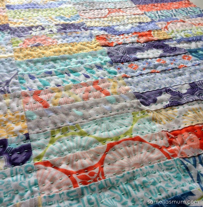 Super Scrappy Strip Cushion - Quilting 1
