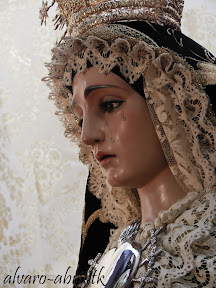 dolores-lanjaron-besamanos-septiembre-2012-alvaro-abril-vestimentas-(22).jpg