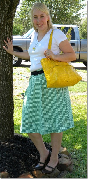 yellow purse pic