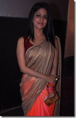 Tamil Actress Malavika Wales in Silk Saree Photos