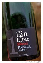 Ein-Liter-Mosel-Riesling-2012