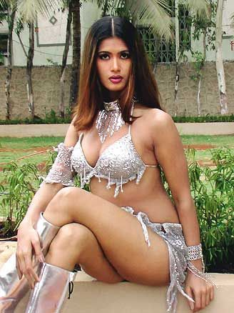 divyaa dwivedi savitha bhabhi jpg desi