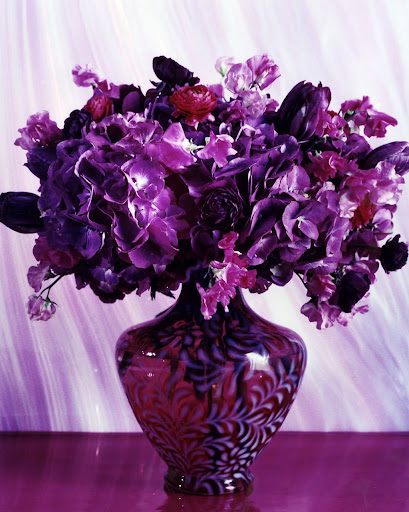 This relatively recent vase features a daisy and fern pattern, which was made for many decades. (Martha Stewart Living)