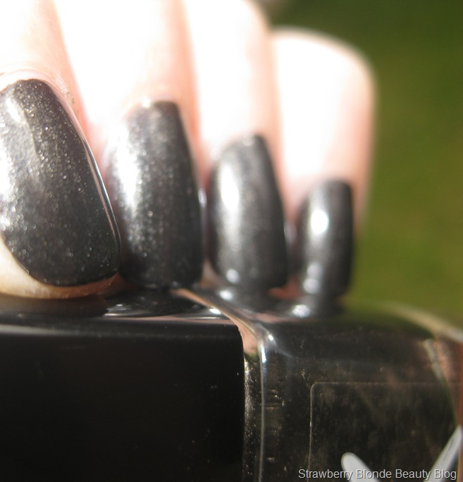 Killer_Colours_Nail_Polish_Gunmetal_swatches (4)