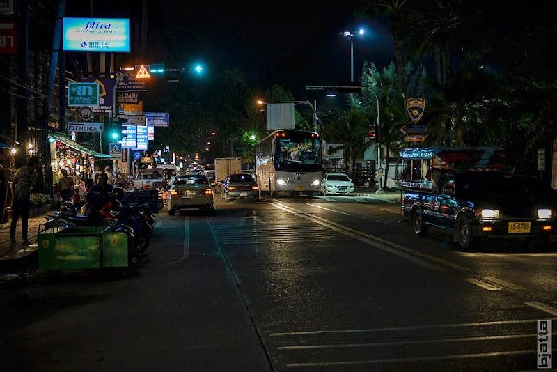 2557_Thailand_Pattaya_Jomtien_transport_tuk_tuk_tuck_tuck_taxi-4